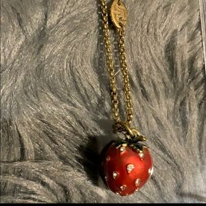 Juicy couture cute strawberry 🍓 necklace
